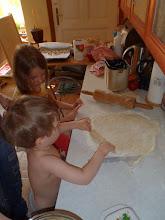 Photo: válíme těsto - rolling dough