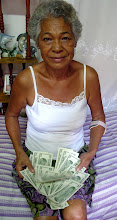 Photo: cuban woman living on meager pension. Tracey Eaton photo