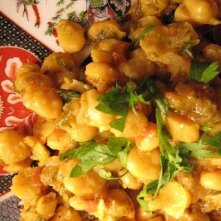 Moroccan Chickpeas in SaffronTomato Sauce