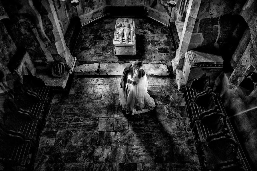Wedding photographer Marius Tudor (mariustudor). Photo of 07.11.2014