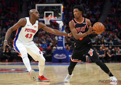 ? Topschutter van Miami Heat krijgt boete van 25.000 dollar ... omdat hij schoen in publiek smijt