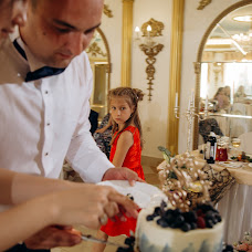 Wedding photographer Roma Akhmedov (aromafotospb). Photo of 20.08.2018