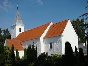 Photo: Beder Kirke