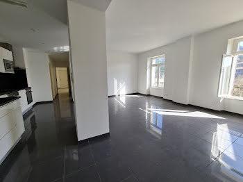 appartement à Vals-les-Bains (07)