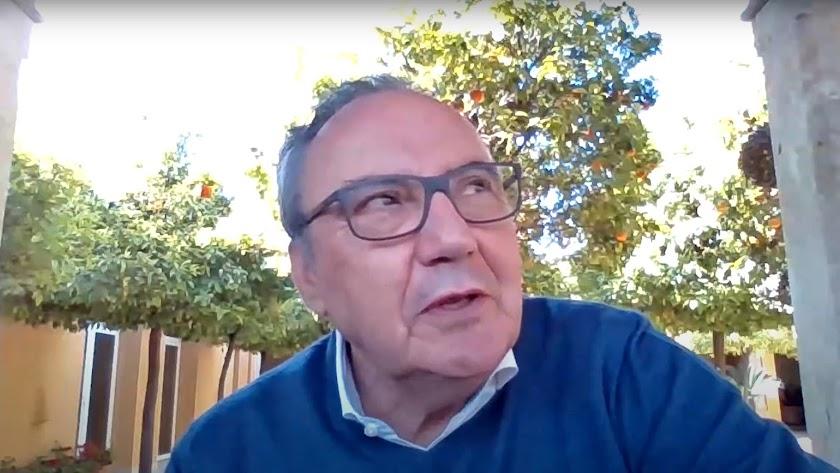 Francisco Martínez-Cosentino, durante su participación en el encuentro digital.