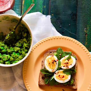 Mashed Peas and Egg toast – PerfecT Breakfast