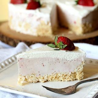 Rice Krispie Treat Ice Cream Pie
