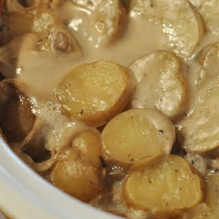 Scalloped Potatoes With Cream Of Mushroom Soup In Crock Pot Recipes.