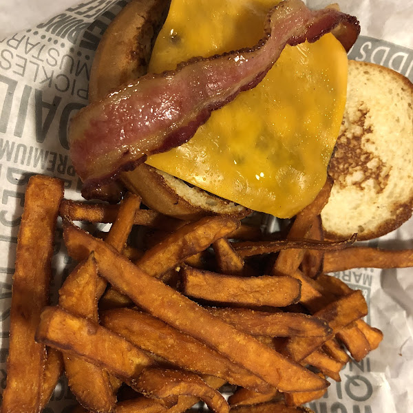Bacon cheeseburger with the gluten-free bun and sweet potato fries