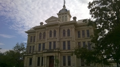 Photo: Milam County courthouse Cameron
