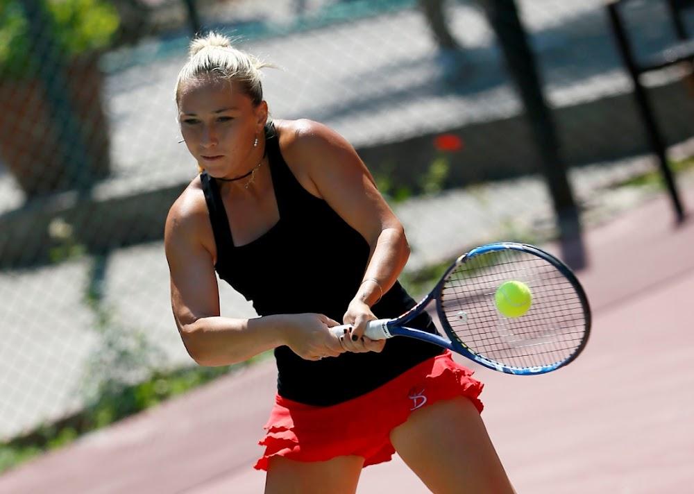 Tennis foot soldiers struggle in time of virus