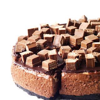 No Bake Chocolate Marshmallow Mousse Cake.