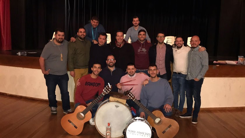 David, Piñero, Carmona (segunda) Ivan, Marcos y Plegue (octavilla) Soto (director) Peke (segunda) Nano (segunda)  Belmonte, Baltasar (guitarra) Pedro