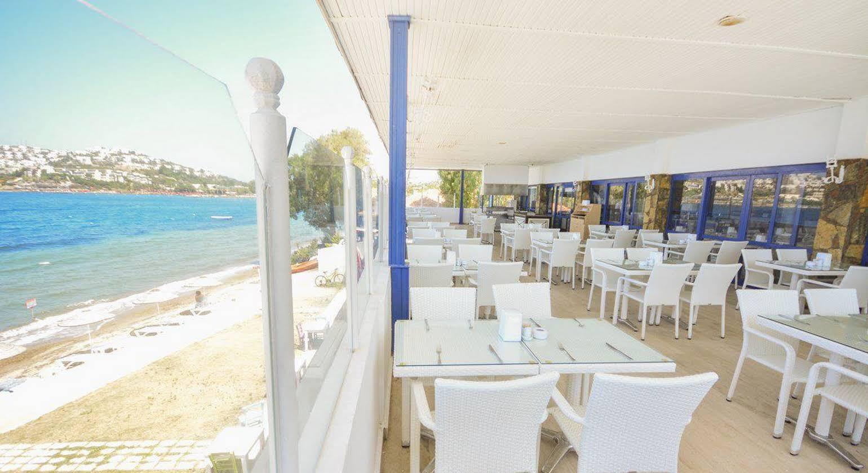 Ladonia Hotels Club Blue White
