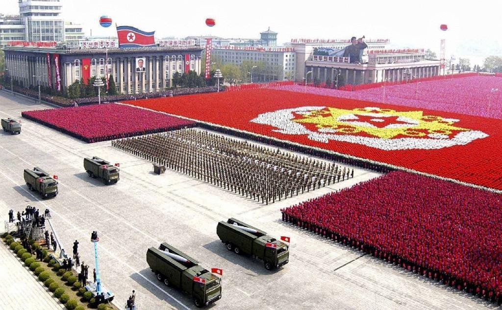 Risultati immagini per north korea army