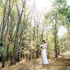 Wedding photographer Viktoriya Antropova (happyhappy). Photo of 03.10.2018