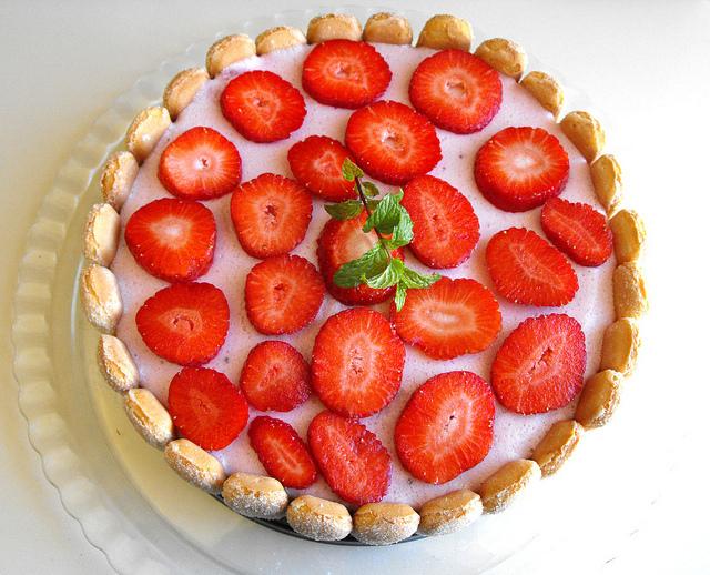 Red Fruit Cake Recipe