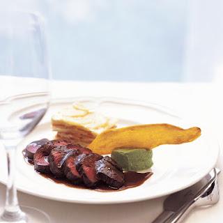 Venison Steak with Great Hunter Sauce Recipe