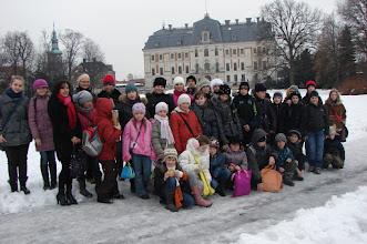 Photo: Ucz. kl. 4,5 i 6 na wycieczce - wiadomo gdzie.
