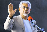 Jacob Zuma's former spokesperson Mac Maharaj allegedly took a 1.2 million French franc (R2.3m) bribe. File photo.