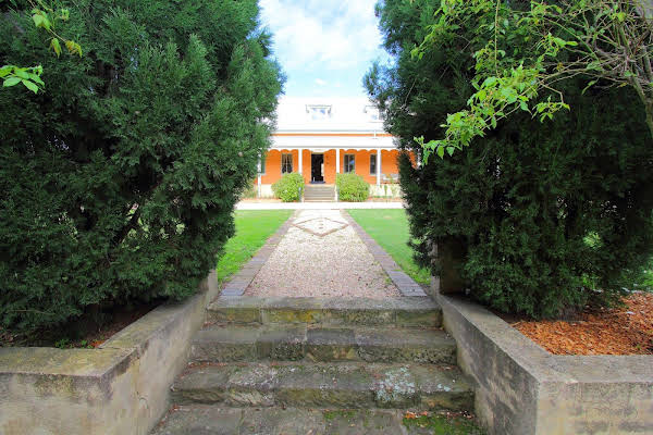 Fitzroy Inn Historic Retreat