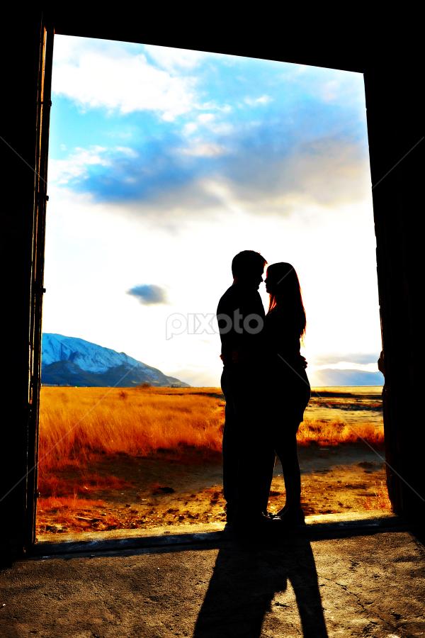 by Melissa Papaj - People Couples