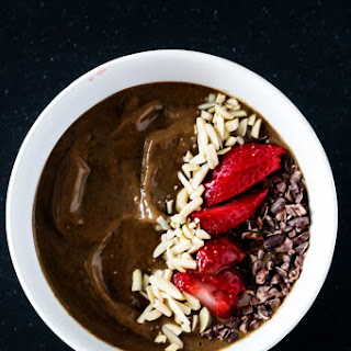 Chocolate Strawberry Smoothie Bowl