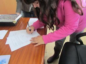 Photo: Signam les actes