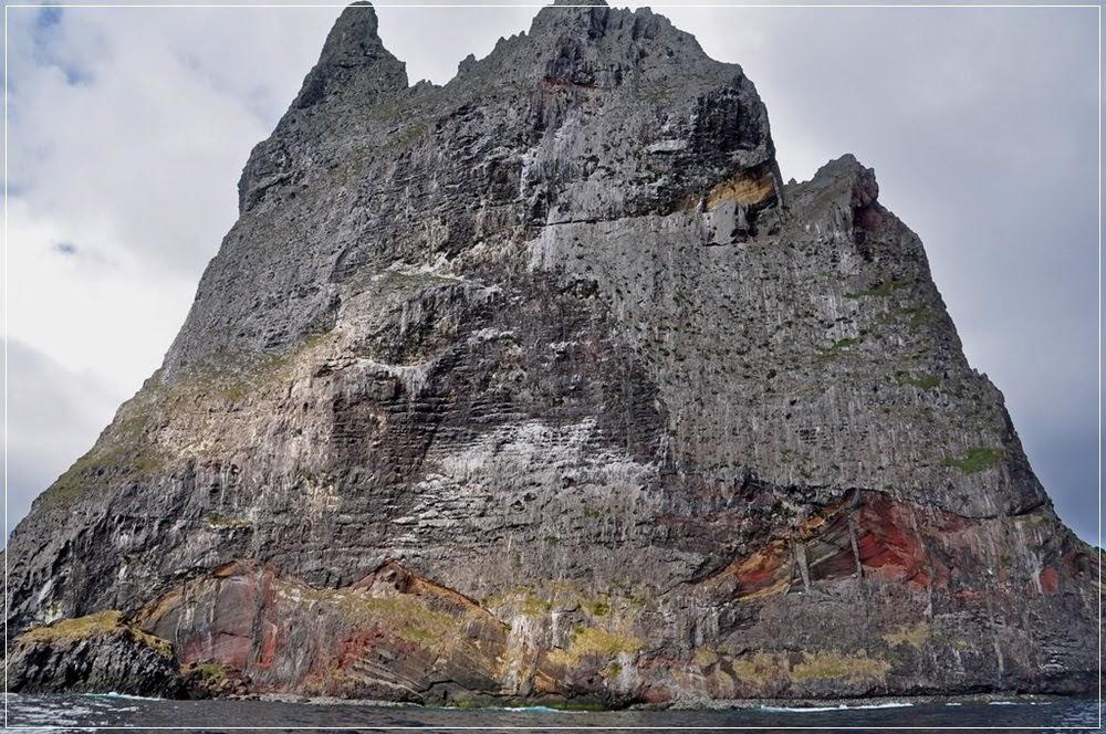 Pirâmide de Ball, a maior ilha vulcânica do mundo
