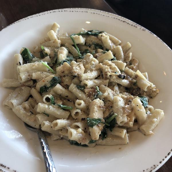 Bianca (chicken Alfredo and spinach)