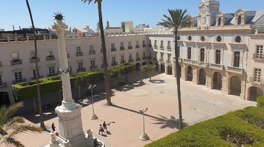 Almería es el segundo municipio español con menor presión fiscal