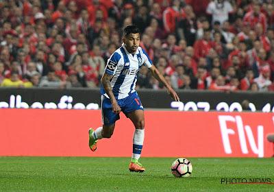 Jesus Corona schiet FC Porto naar de leiderspositie in Portugal