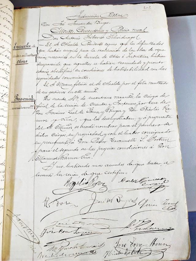 Firmas de una de las actas de 1900