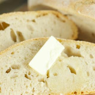 No Knead Crusty Bread (4 Ingredients).