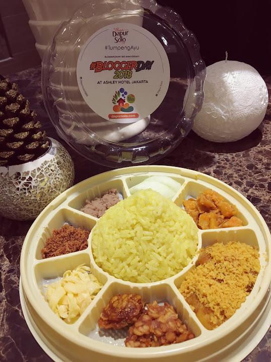 Lunch box Tumpeng Ayu Dapur Solo