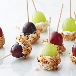 Goat Cheese-Dipped Grapes