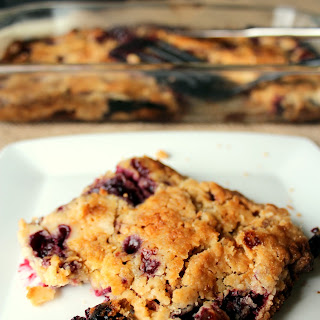 Blackberry Crumble Dump Cake Recipe