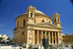 Visiter Cathédrale de Mosta et son dôme