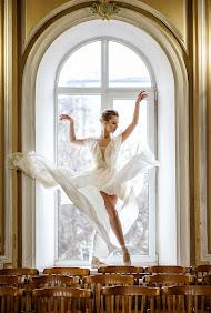 Nhiếp ảnh gia ảnh cưới Marina Shlykova (iskorks). Ảnh của 25.03.2019