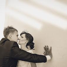 Wedding photographer Yuliya Vostrikova (Ulislavna). Photo of 02.06.2014