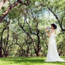 Wedding photographer Irina Nartova (Blondina). Photo of 20.05.2014