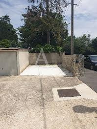 parking à Ozoir-la-ferriere (77)