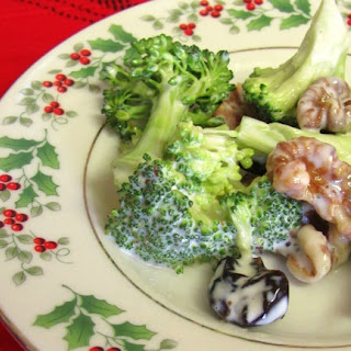 Cranberry, Broccoli And Walnut Salad