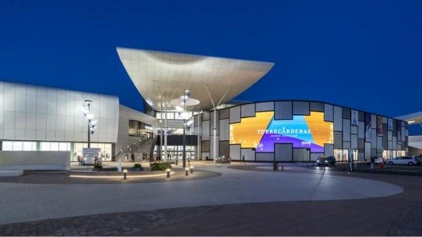 Exterior del Centro Comercial Torrecárdenas.