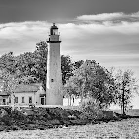 Point Aux Barques lighthouse by Tammy Scott - Black & White Buildings & Architecture ( clouds, water, black and white, lighthouse, historical, landscape )