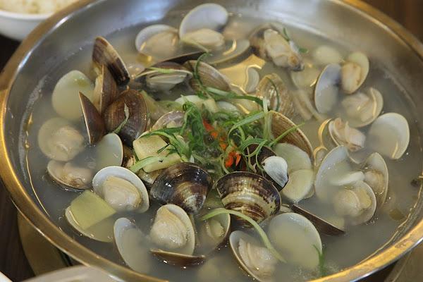 台南美食-廚房有雞開業十多年台南首家正宗花雕雞專賣餐廳