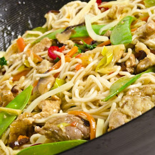 Slow Cooker Asian Chicken And Noodles.