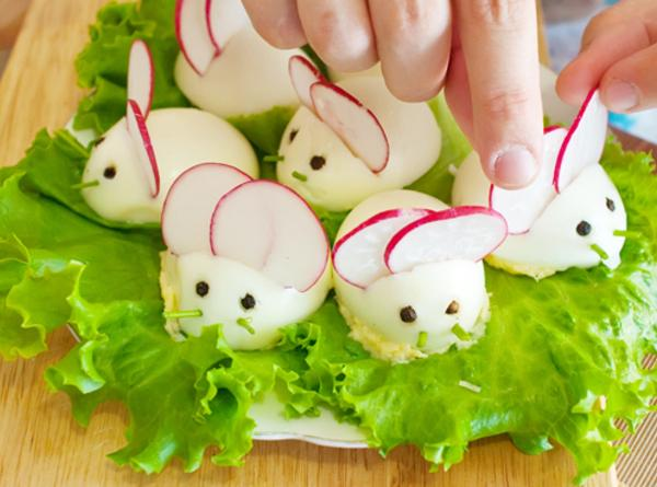 Here's a cute bunny to put in the center ;instead of the olives for...