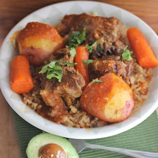 Guiso de Cola (Colombian-Style Oxtail Stew)