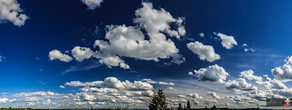 Photo: Sky & clouds panorama in 4K resolution  #sky #clouds #blue #panorama #4k #hd #landscape #landscapephotography #skyphotography #fullhd
